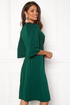 Mørkegrønn festkjole i lekkert design, fra HAPPY HOLLY