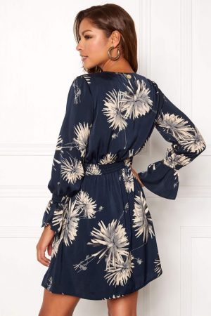 Vevd kjole