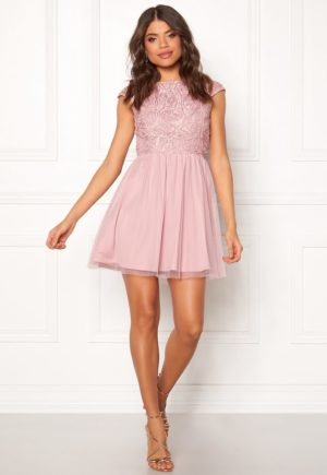 Kort lys rosa festkjole med vakre detaljer, fra Make Way - TopLady